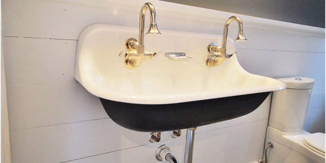 Observing The Vintage Sink Designs Option