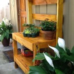 Wood pallet potting Work bench