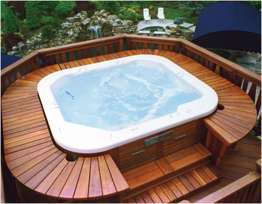 Beautiful pool decks designs with jacuzzi interior for Pool jacuzzi design