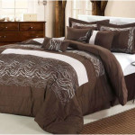 Luxury Brown and White Comforter Set 150x150 Choosing The Luxury Comforter Sets