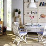 Cozy Dining Room Design for Small Space