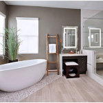 Perfect Minimalist Bathroom with Corner Bathtub 150x150 A Perfect Bathroom To Help You Relieve Your Stress