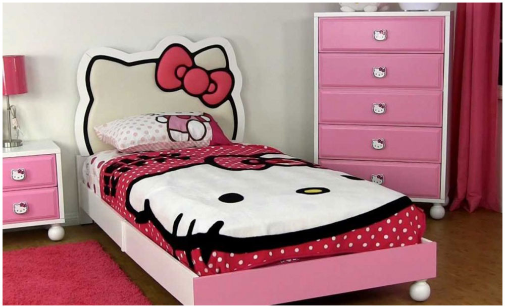 Lovely Teenager Girl Bedroom Design With Sweet Hello Kitty Theme Option Where Should I Place My Bed in My Lovely Bedroom?