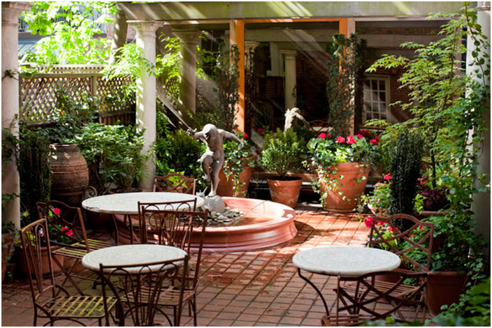 Courtyard Patio Design Ideas