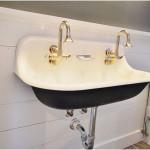Elegant Porcelain Wall Mount Vintage Sink