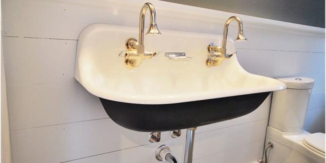 Observing The Vintage Sink Designs Option
