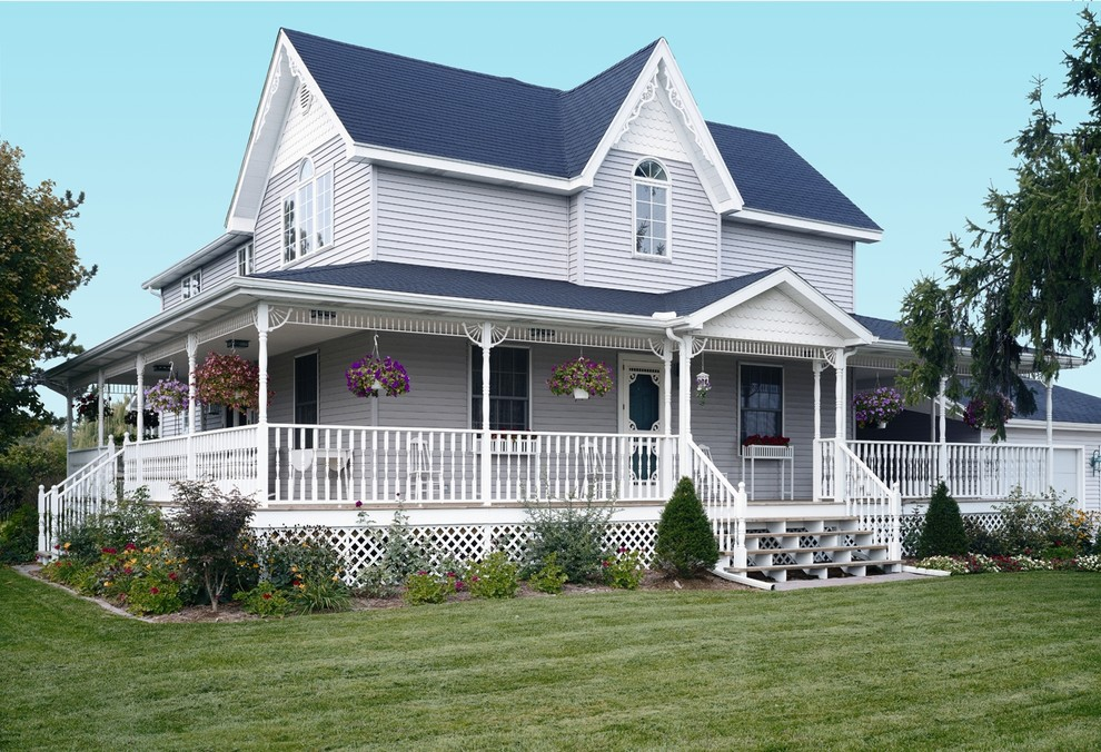 Folk Victorian Built With Vinyl Siding Institute