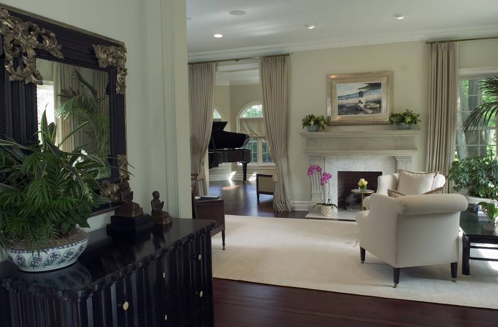 Glamour Living Room Architecture and Interior Design