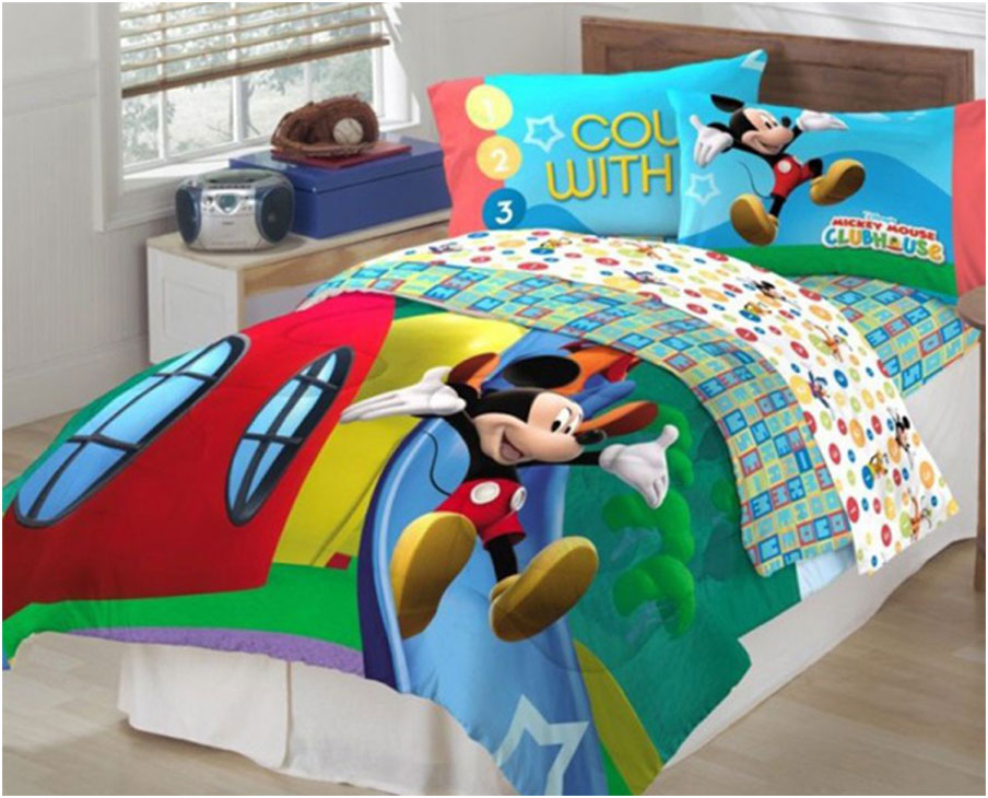 Kids Comforter Sets with Disney Cartoon Motif