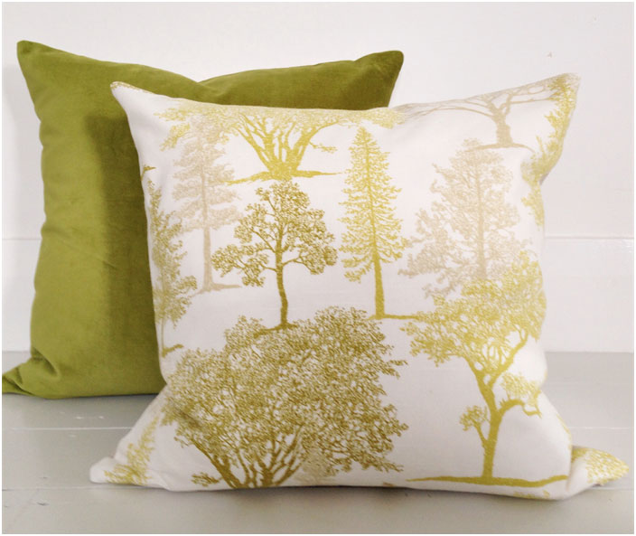 Lime green Buttoned Velvet Cushion