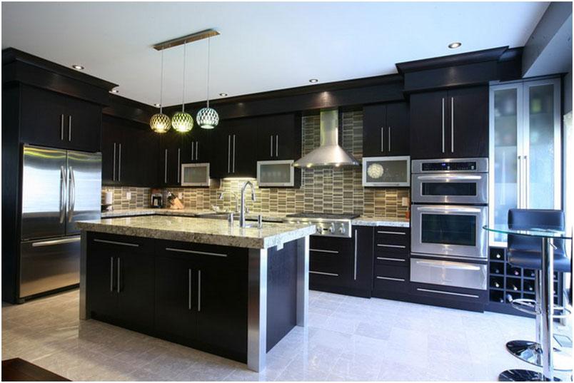Modern Farmhouse Kitchen Dark Cabinets Design