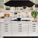 Modern Italian Kitchen Design with Marble Complementing