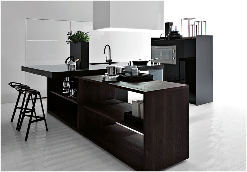 Modern Italian Kitchen Design with Wooden Element