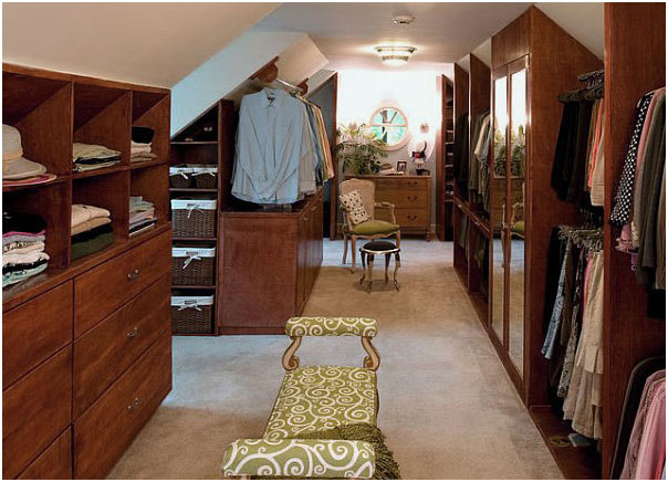 Traditional Walk-In Wardrobes Closet Design Ideas