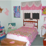 Disney Princess Themed Girls Bedroom Decorating Ideas