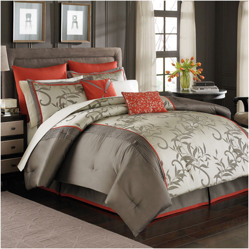 Modern Luxury Bedding Comforter Set