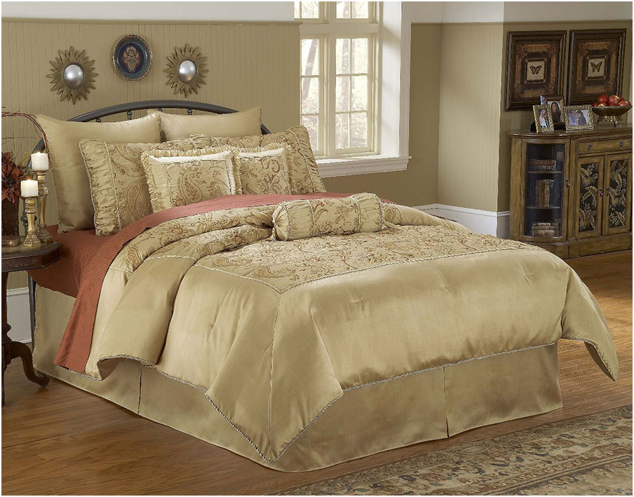 Queen Size Luxury comforter sets Design