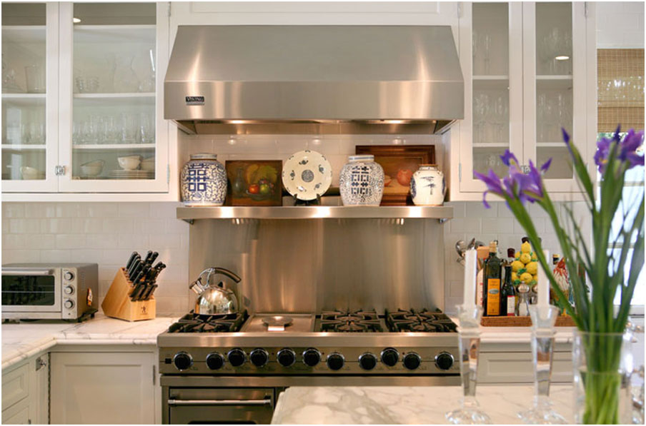 Stainless Steel Kitchen Backsplash Design With Shelf