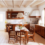 Combining Traditional and Modern Wooden Kitchen Furniture
