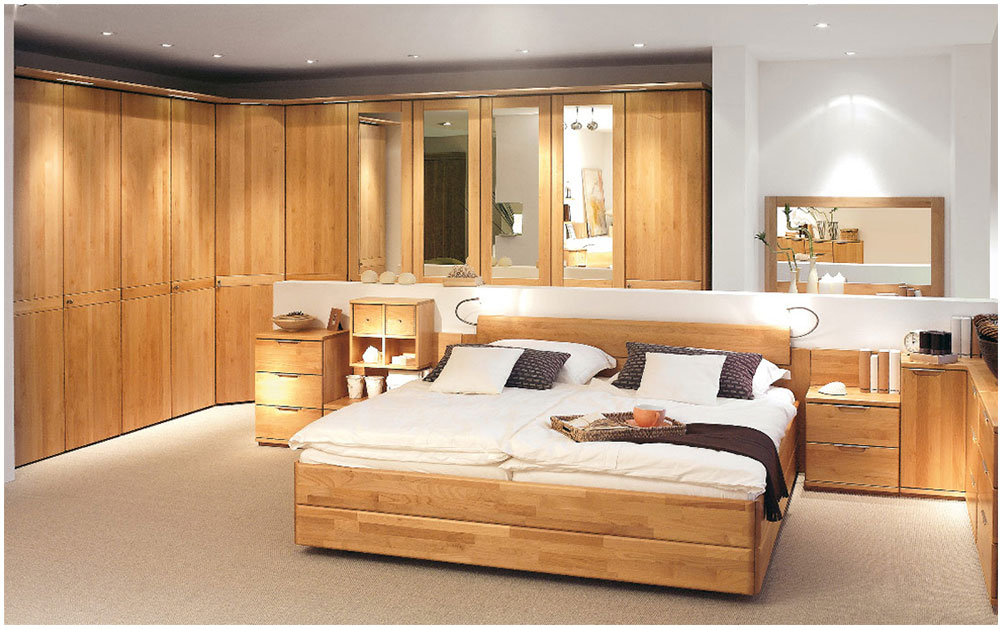 Comfortable Bedroom Decoration With Wooden Cabinets