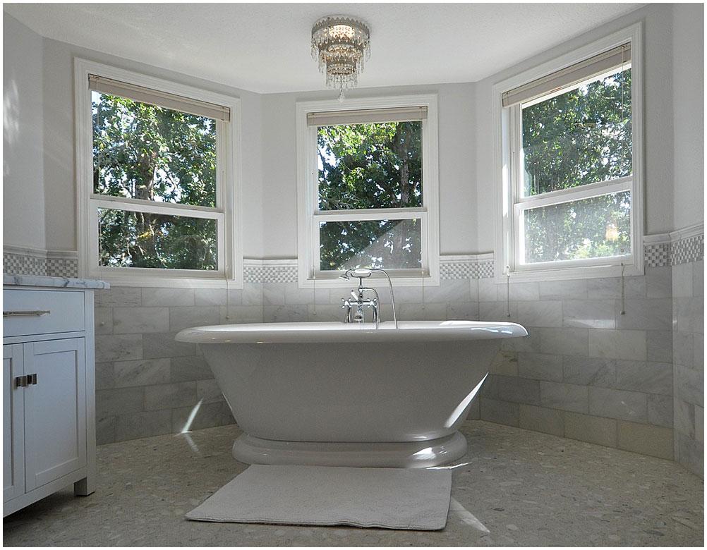 Perfect Master Bathroom With Freestanding Bathtub